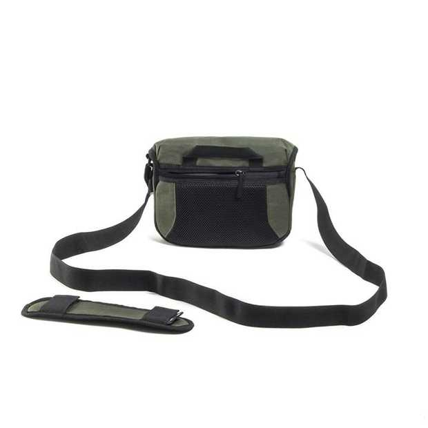 Get your pleasure from photography, function or colour? Then the Proper Roady 2.0 Camera Sling 2500 is...