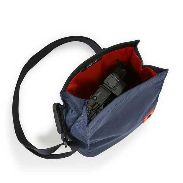 Multifunctionality is not a question of size. Here is the proof: the SnapBag! It is lightweight...