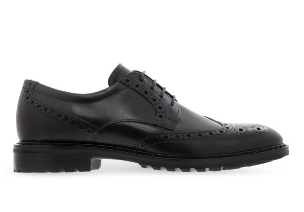 The Ecco Vitrus Wing Tip Tie is a timeless silhouette that combines classic and contemporary technoloy.