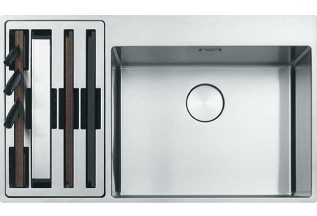 Fully accessorised Slim-Top edge profile Easy to clean Removable compartments Includes a wire rack...