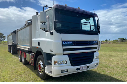 2003 Daf Tip Truck with Cab & 1999 Shephard Dog Trailer Tipper.   Tri Axle. Excellent...