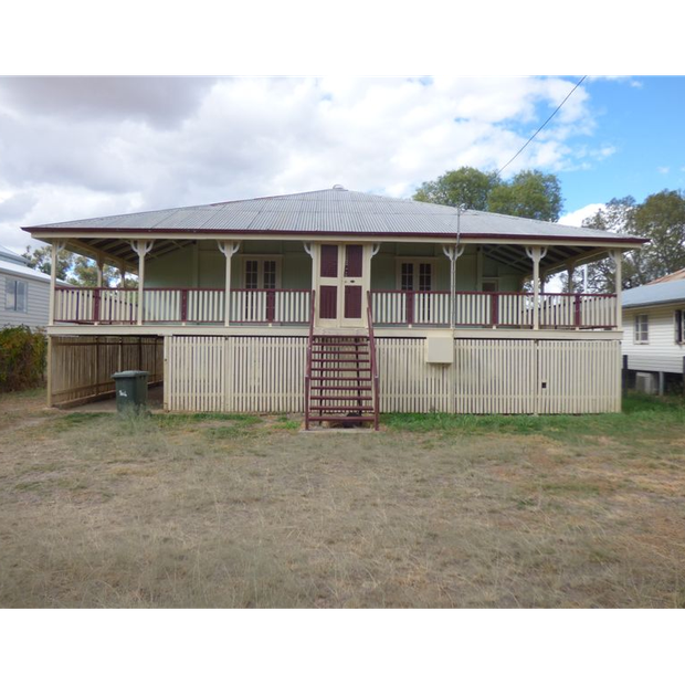 BEAUTIFUL OLD QLD HOME IN MITCHELL QLD.WONDERFUL NEIGHBOURS - NO CRIME AND SITS ON THE MAGICAL ARTESIAN...