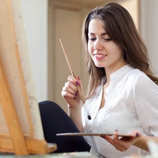 Paint, create, and have an absolute blast with an online watercolour painting class from Wesley Taylor...