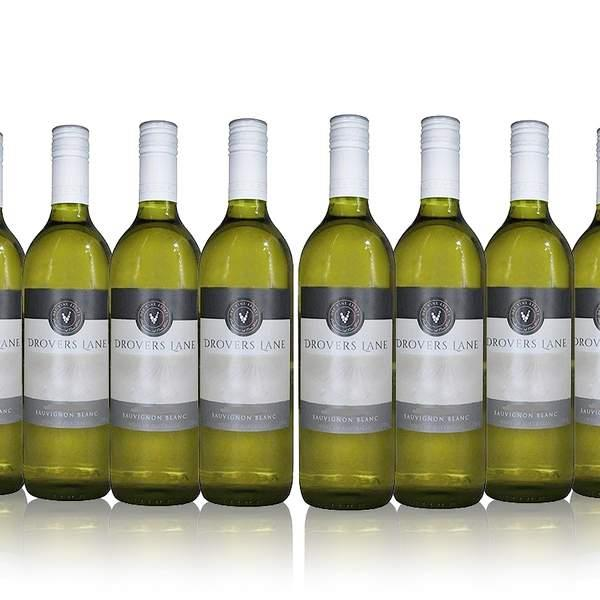Aromas of freshly squeezed grapefruit and passionfruit, anybody? You'll love sipping on this Sav Blanc...