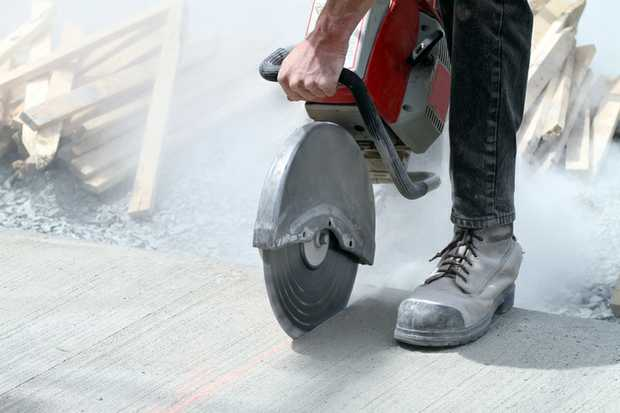 CONCRETERS & STEEL FIXERS   