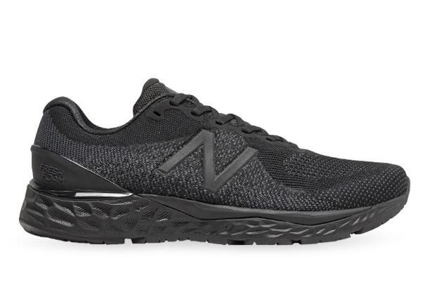 The men's New Bala+F200:M200nce 880v10 delivers an unbeatable cushioned ride with New Balance's...