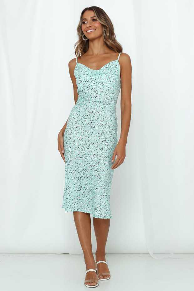 Length from bust to hem of size S: 112cm.