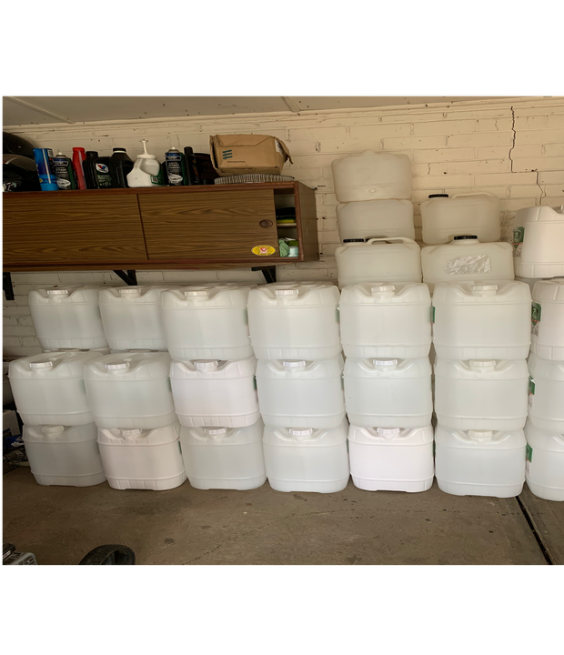Plastic drums available  15L transparent with tap fitting (tap not included) 20L transparent or white...