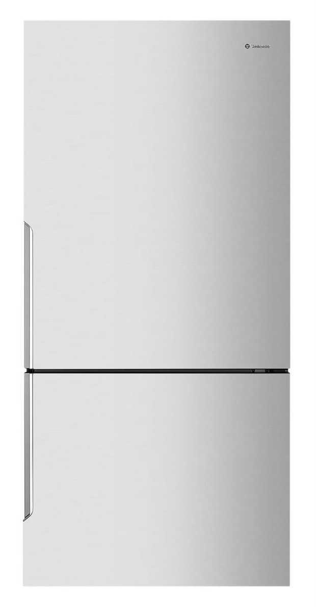 361L/167L Fridge/freezer capacity Flat Door Design Pocket Handles Full-width humidity controlled...