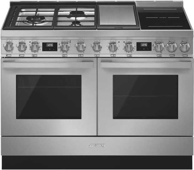 World-class technology, versatility, and true Smeg style come together flawlessly with the Smeg...
