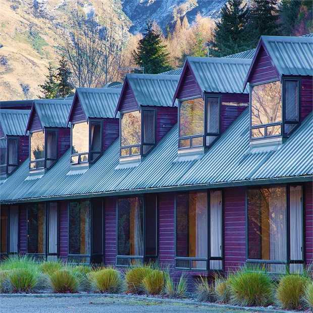 Experience the tranquil beauty of Queenstown staying at Swiss-Belresort Coronet Peak, located just ten...