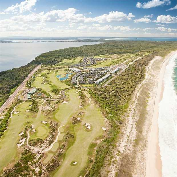 Experience five-star Pullman luxury on the NSW Central Coast at the beachside Pullman Magenta Shores...