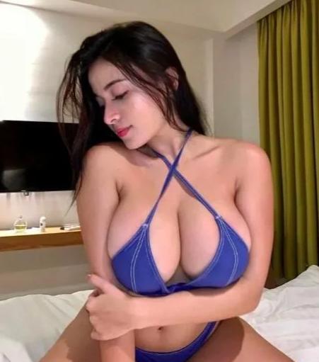 0424 993 179 Hot Sexy Seductive Naughty Cheeky Charming Fun Passionate