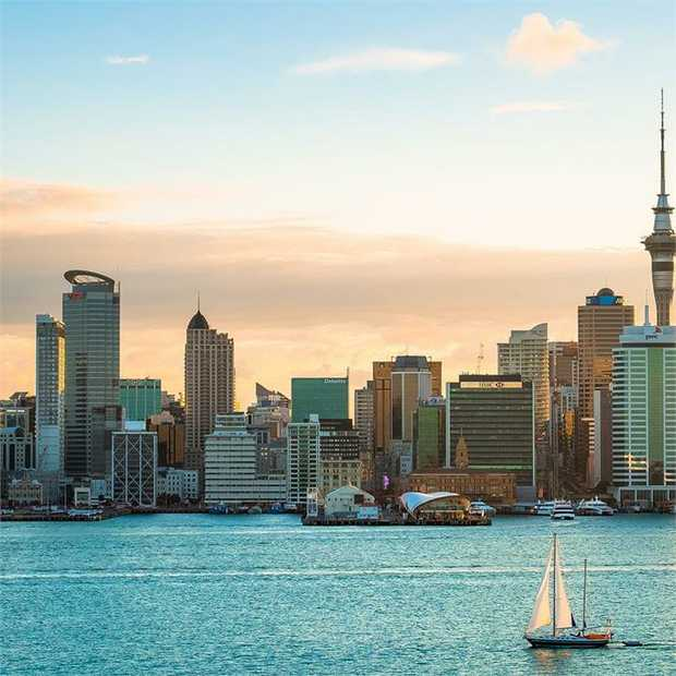 Perched in the heart of Auckland City, Swiss-Belsuites Victoria Park ticks all of the boxes for a city...