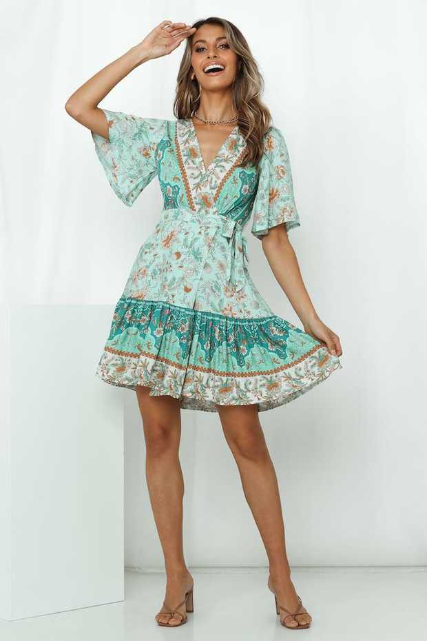 Length from shoulder to hem of size S: 84cm.