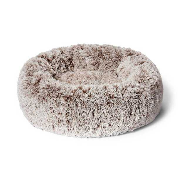 Snooza Calming Cuddler Mink Dog Bed is the ideal bed for for anxious pets. It is designed with raised...
