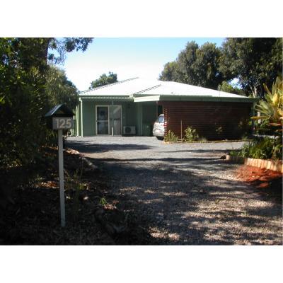 KARRAGARRA ISLAND 125 TREASURE ISLAND AVENUE   Google Karragarra Island, Queensland 4184 and you...