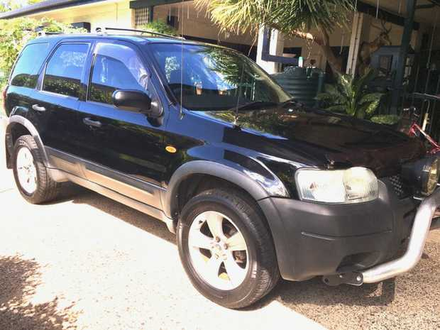 04 FORD ESCAPE 4WD    