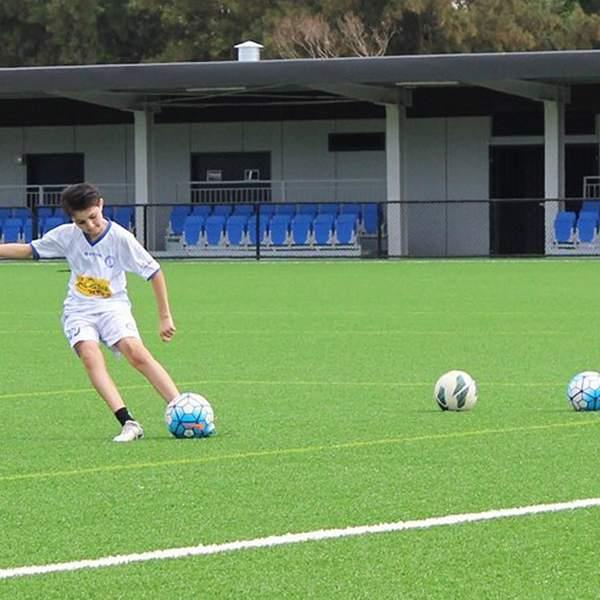 Introducing the most convenient way to train and be trained when it comes to football - Treiner! This...