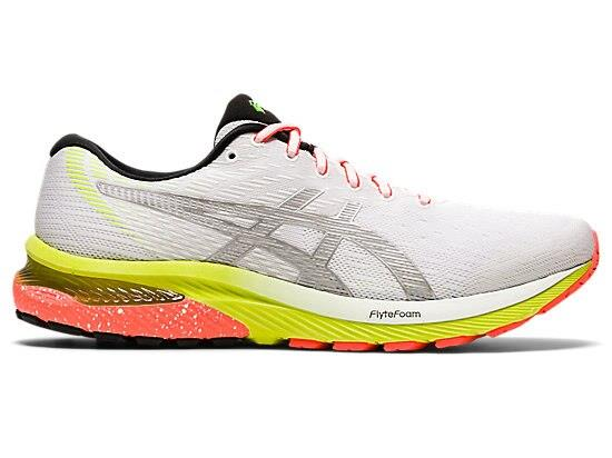 Boost your visibility at low light with the reflective LITE-SHOW edition of the GEL-CUMULUS 22. The...