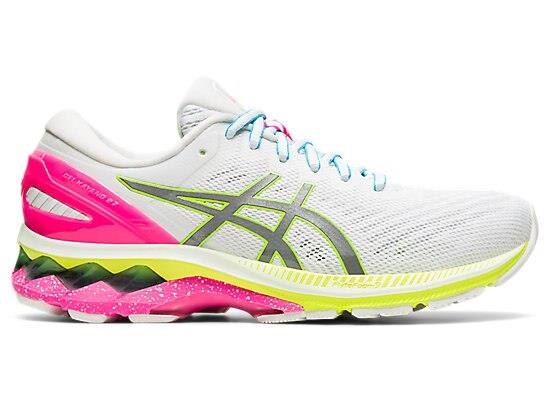 Boost your visibility at low light with the reflective LITE-SHOW edition of the GEL-KAYANO 27 LITE-SHOW...