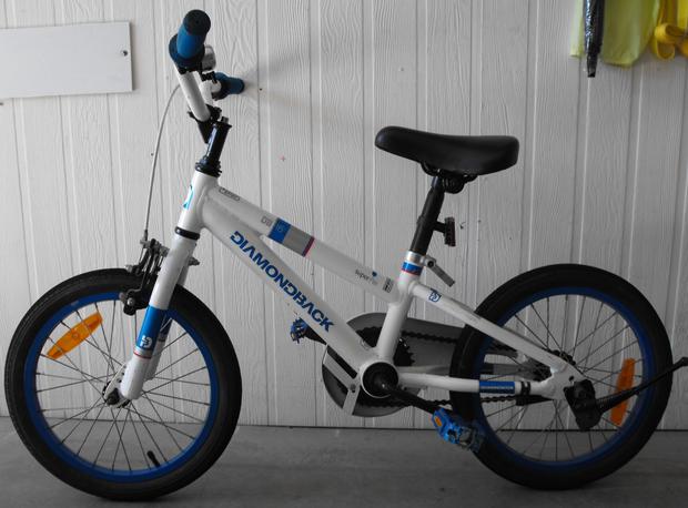 "Diamondback DB16 16"" alloy BMX bike. Excellent condition, Brand new rear tyre."