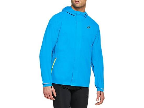The ACCELERATE JACKET is designed for cool weather running while allowing you to be seen at night.