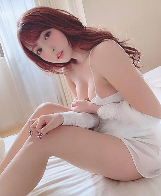Mixed-race lady 21yo MikoD cup / Long hair /pretty faceNude massageGood serviceFunExperiencePh 0401 438...