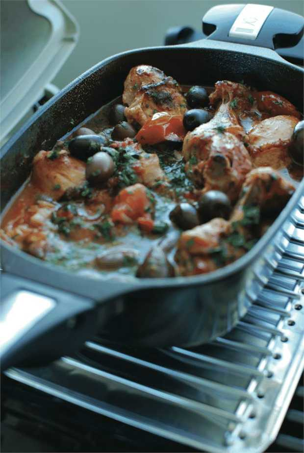 The 1.3 litre Q Ware Casserole Dish adds a brand new dimension to cooking with the Weber Q. You can...