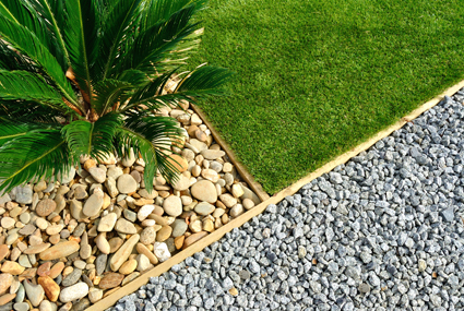 PETERS COMPLETE LANDSCAPES   All aspects of Landscaping   • Decks • Turf • Synthetic Turf   •...