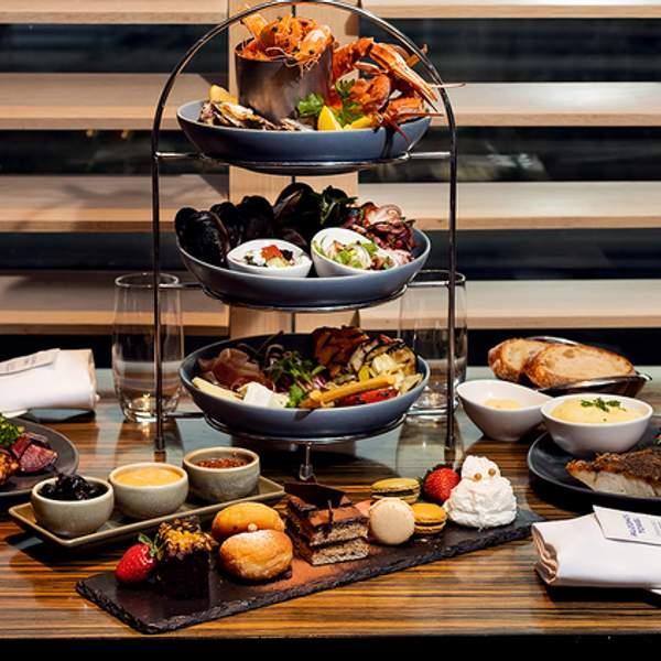 Give your tastebuds the experience they've been craving with a feast at Sailmaker at Hyatt Regency...