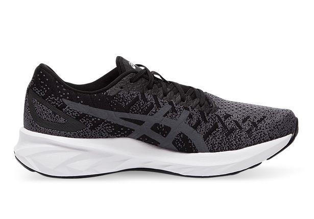 The Dynablast NEW Strong running shoe offers a snug fit that wraps the foot like a gentle hug.This fit...
