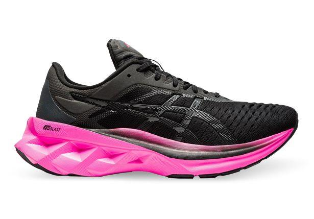 The all new ASICS Novablast will take your run to new levels by offering an amazing and energetic...