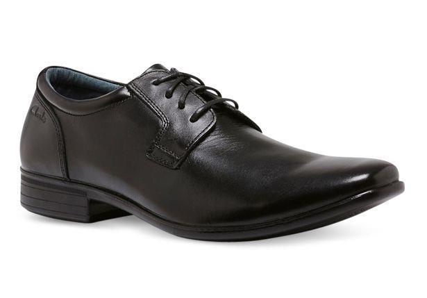 The Clarks Cole is a classic low-cut senior boys' lace up school shoe
