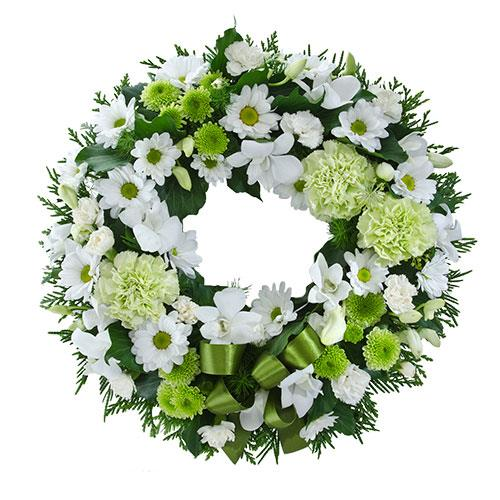 This cluster wreath features classic flowers in white, pale green, and mid green tone. Suitable for...
