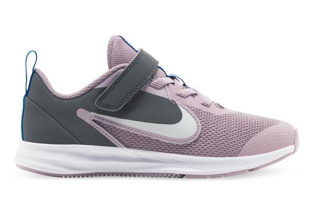 An extremely comfortable and lightweight running shoe, the Nike Star Runner 2 Pre-school offers...
