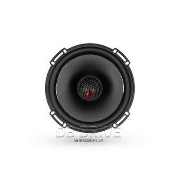 "6.5"" 2-Way Speakers / 300 WattsFeatures:6.5 2-Way1? (25mm) Silk Dome TweeterNeodymium MagnetCarbon..."