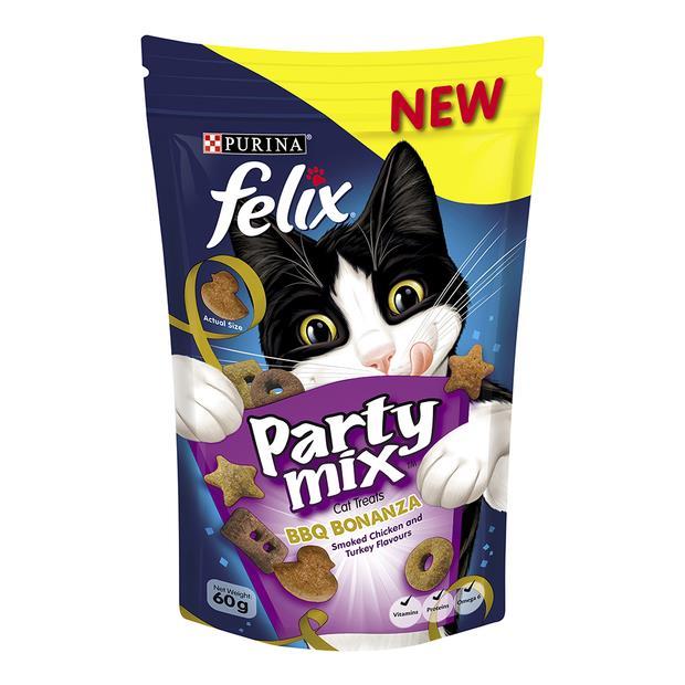 Felix Cat Treats Party Mix Bbq Bonanza 60g Pet: Cat Category: Cat Supplies  Size: 0.6kg  Rich...