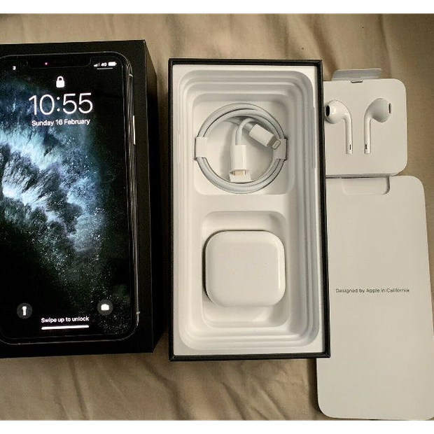 Brand New (FACTORY UNLOCKED) Apple iPhone 11 Pro Max - 256GB - A2161 (CDMA + GSM)All Colours...