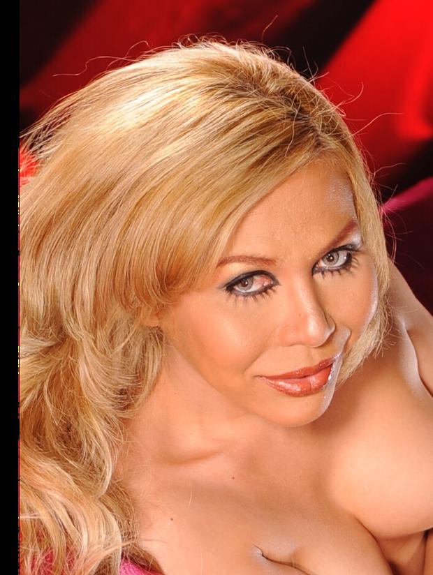 Available in MARCOOLA, Sunshine Coast.Ultra feminine transsexualExotic look of Blonde hair, Grey Eyes...