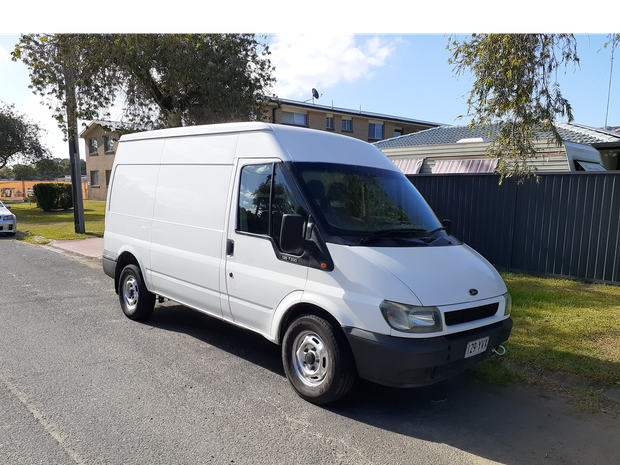 6 months rego. Insulated rear. Drives very good very clean unit. Can be used for camping or food...