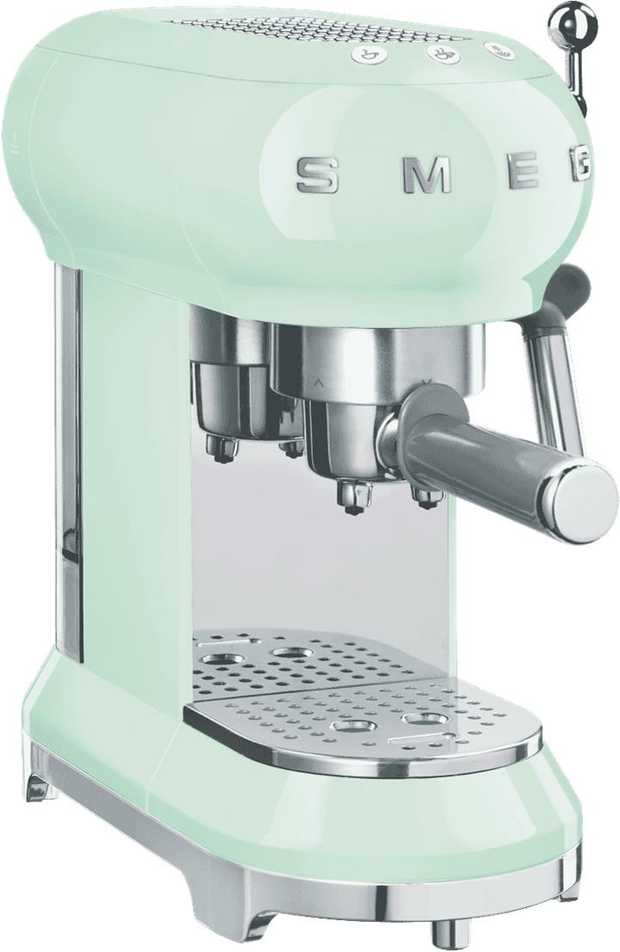 Create Italian style espresso or milky coffee favourites with this Smeg 50's Retro Style Coffee Machine...