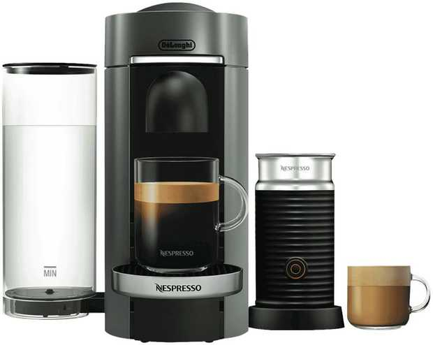 Enjoy a smooth espresso in less than a minute with the Nespresso De'Longhi Vertuo Plus Bundle. With an...