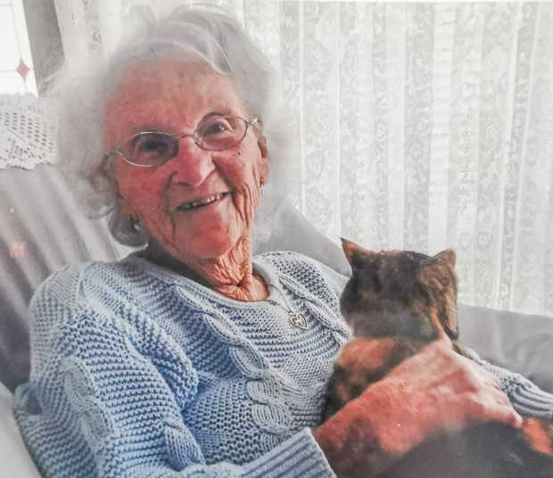 27.11.1919 - 18.1.2013