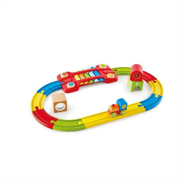 This railway set is a feast for the eyes! Includes a Xylophone Melody Track, a rattle, Rainbow...