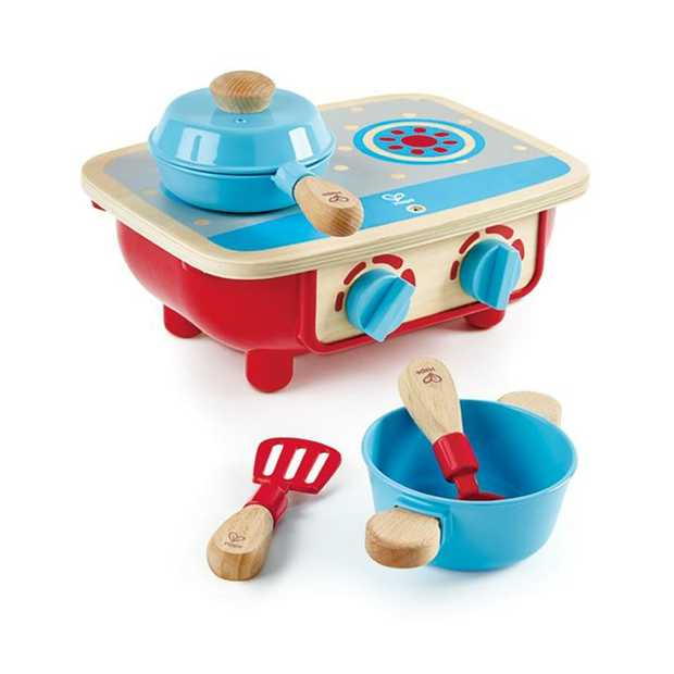 Prepare delicious meals for your family and friends! This fun wooden stove comes with one pot...