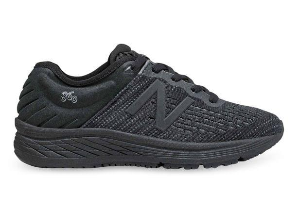 The New Balance 860v10 running shoe for kids delivers exceptional cushioning and support that's equally...