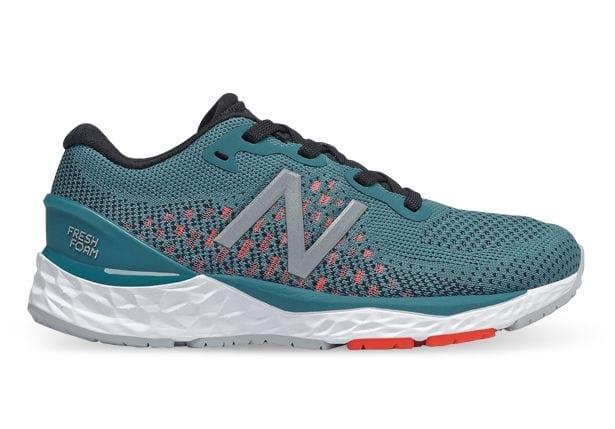 The Kid's New Balance 880v10 adopts the same features as the adult neutral Fresh Foam running shoe.