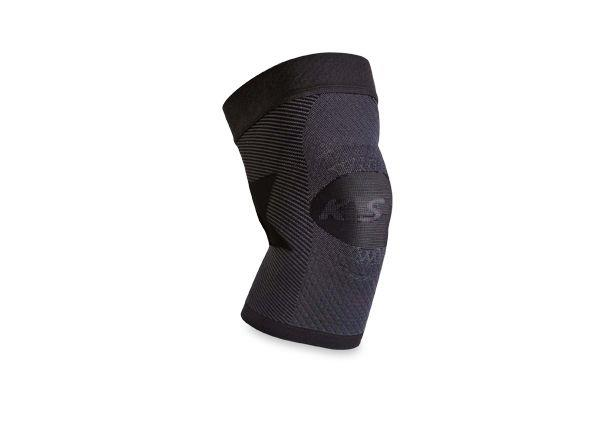 The OS1st Performance Knee Sleeve uses patented compression zone technology to relieve knee pain.