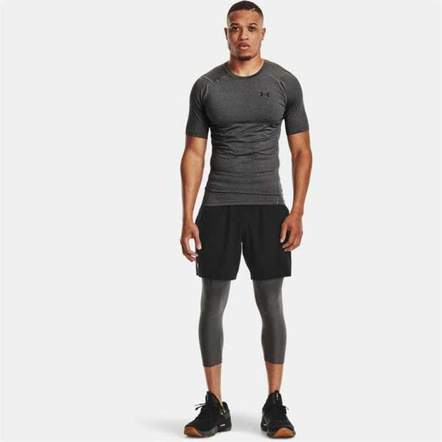 Super-light HeatGear® fabric delivers superior coverage without weighing you down Mesh underarm & back...